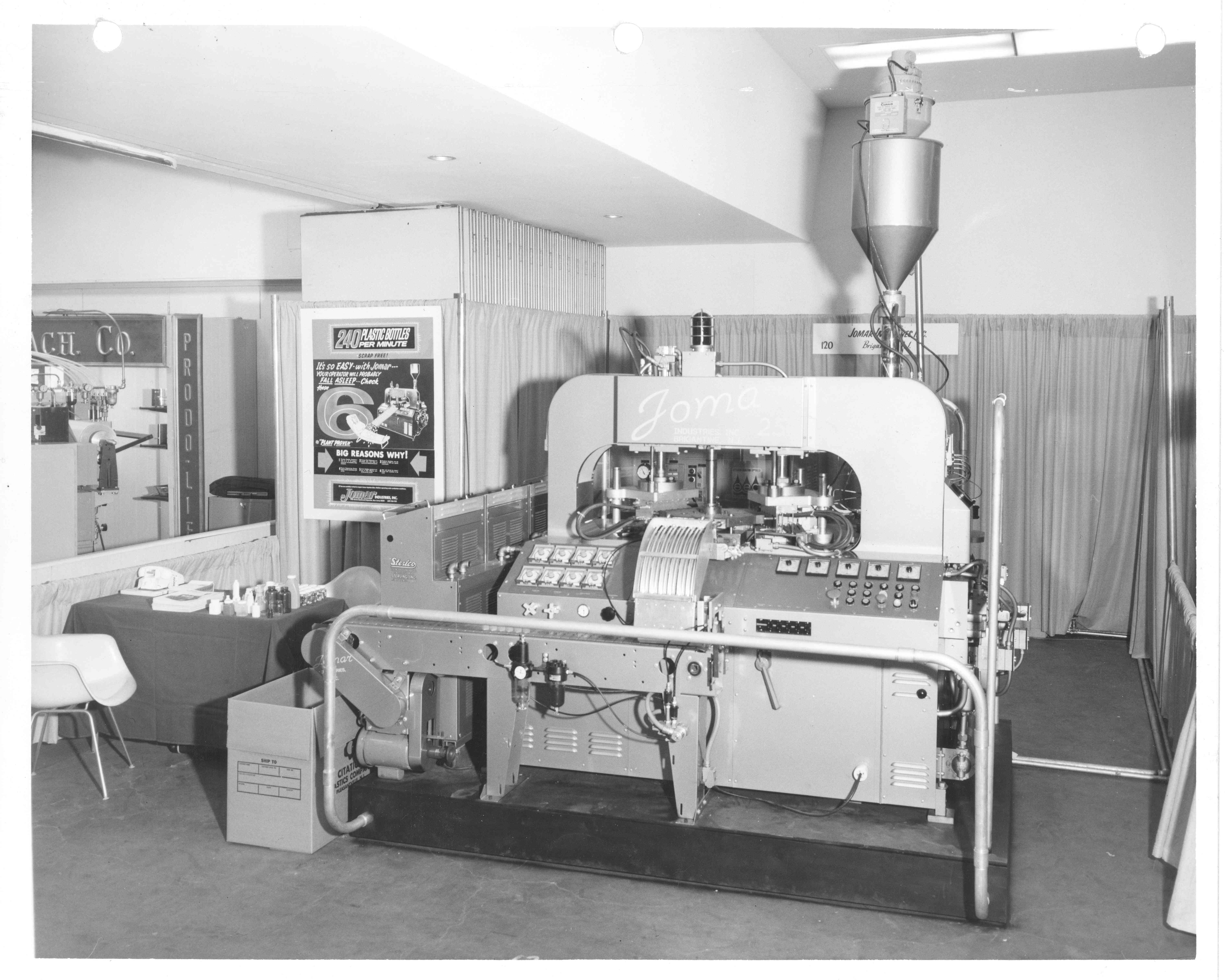 Jomar Machine at trade show in 1971